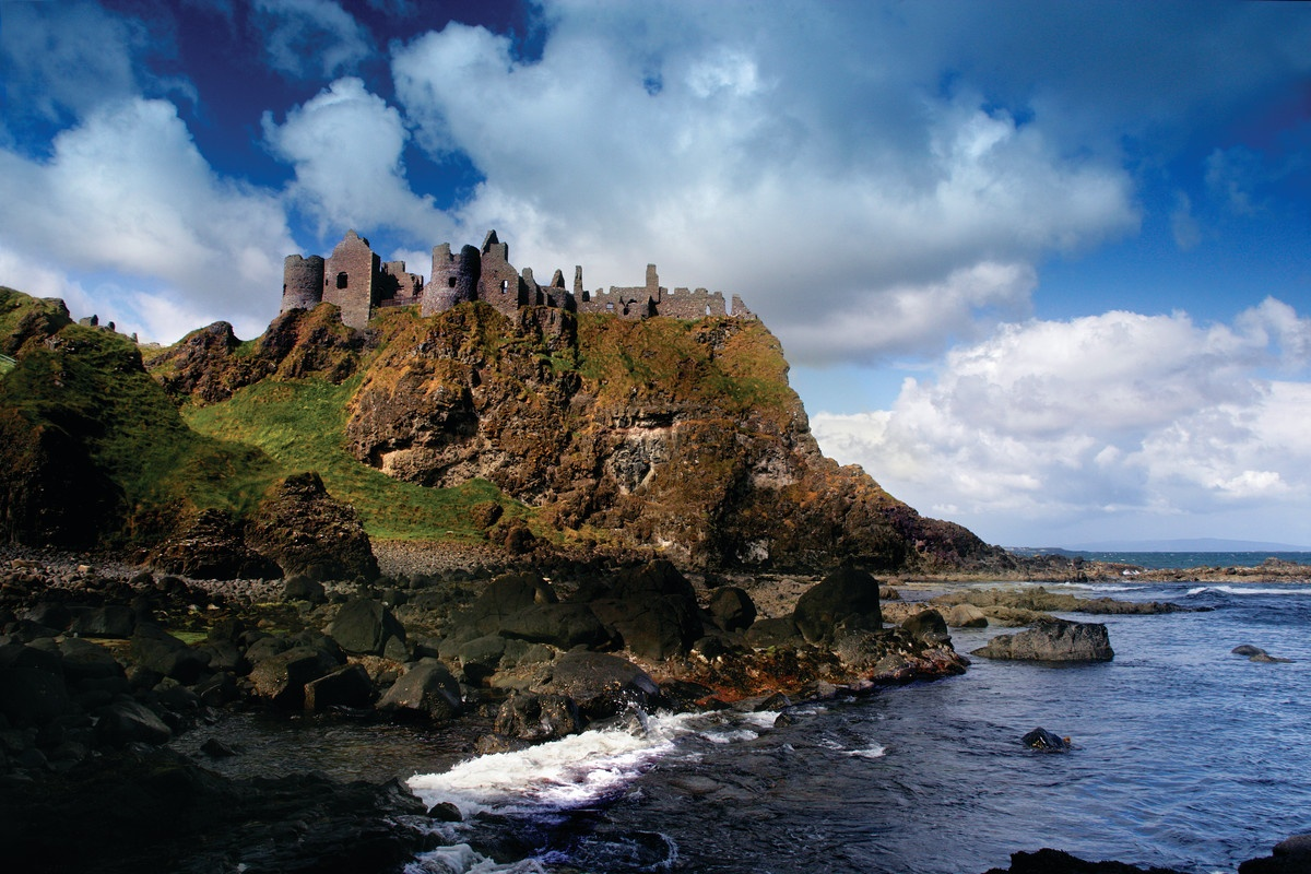 Dunluce Castle | Game of Thrones location | visit Dunluce during your stay at Laurel Villa Guest House, Magherafelt