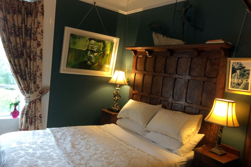 Patrick Kavanagh guest bedroom | Laurel Villa 4 star Guest House where Irish Literature features in the carefully chosen decor and facilities throughout